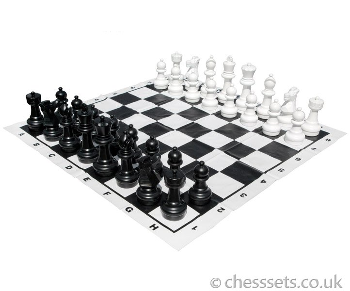 Large Garden Chess Set - Click Image to Close