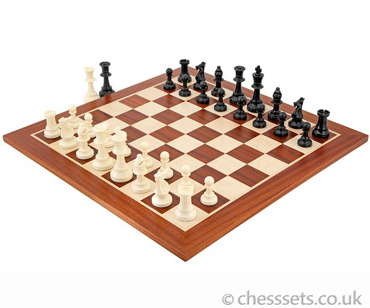 Competition Staunton Chess Set - Click Image to Close