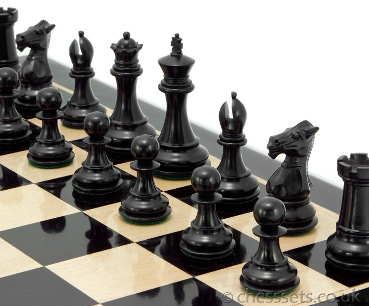 Windsor Series Ebony & Boxwood Staunton Chess Pieces - Click Image to Close