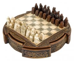Isle Of Lewis Celtic Chess Set