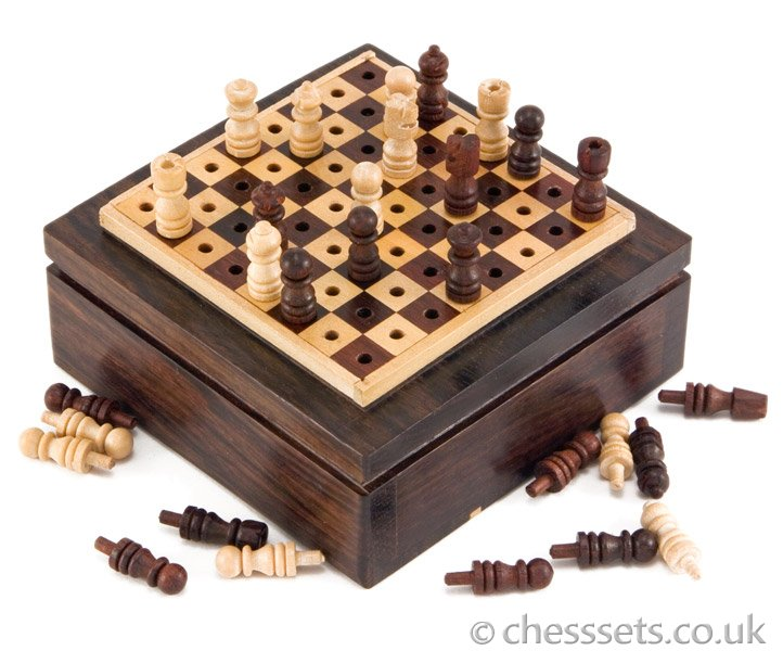 Rosewood Mini Pegged Travel Chess Set - Click Image to Close