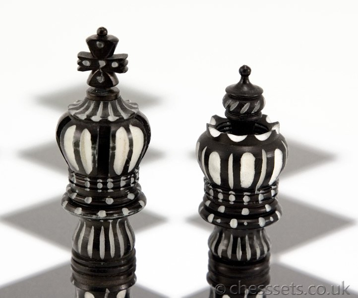 Kings Cross Hand Carved Camel Bone Chess Pieces - Click Image to Close