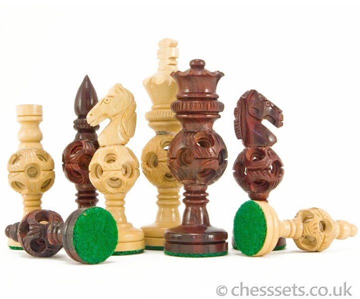 Concentric Ball Hand Carved Chess Pieces in Red Sandalwood - Click Image to Close
