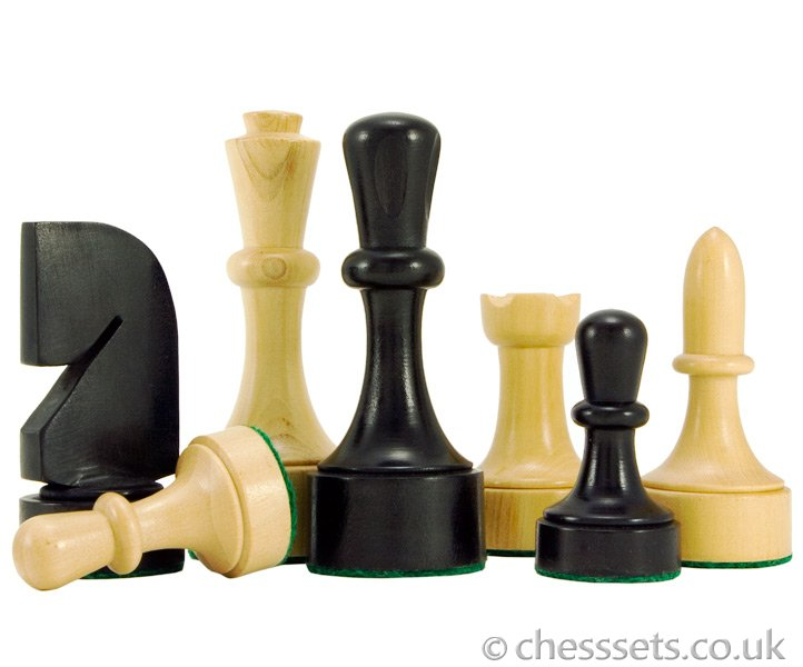 Contemporary Ebonised Boxwood Chess Pieces - Click Image to Close