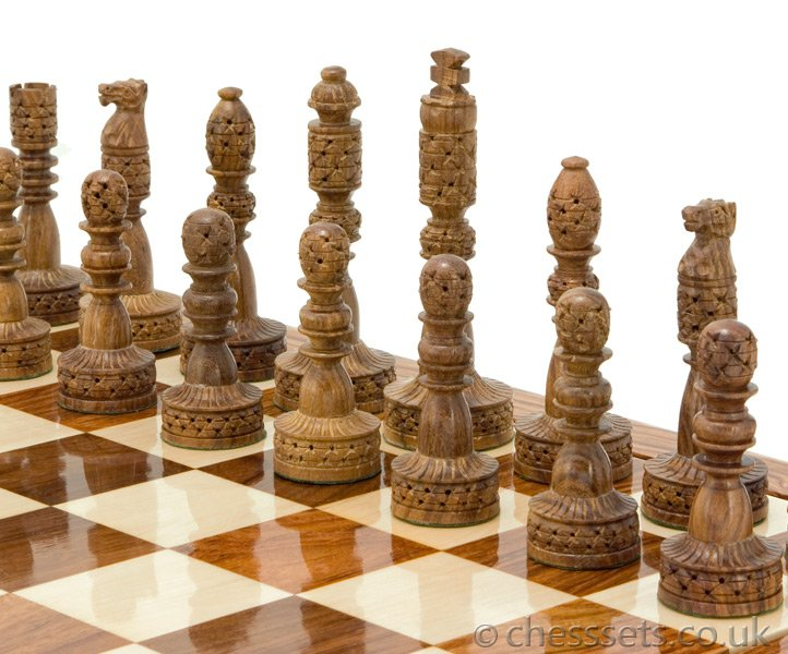 Tower Hand Carved Sheesham & Boxwood Chess Pieces - Click Image to Close