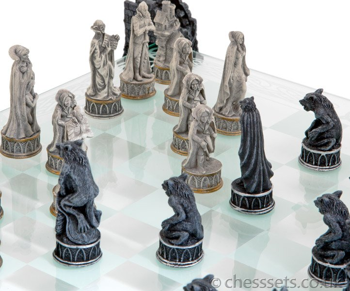 Vampire & Werewolf Glass Chess Set - Click Image to Close