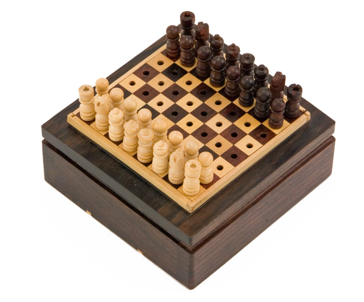 Rosewood Mini Pegged Travel Chess Set