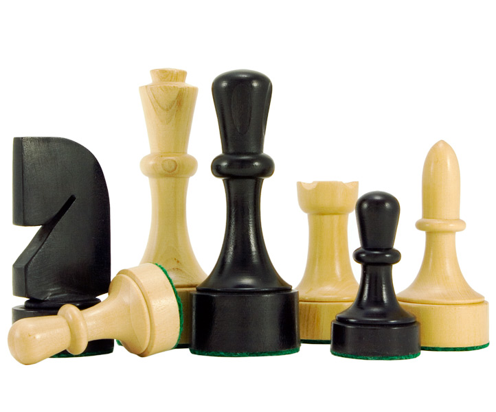 Contemporary Ebonised Boxwood Chess Pieces